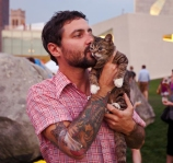 Mike-and-Lil-Bub